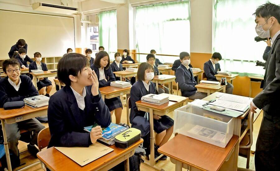 休校延長要請「市長への手紙」900通 京都の再開覆す 「感染リスク減った」生徒ら安堵